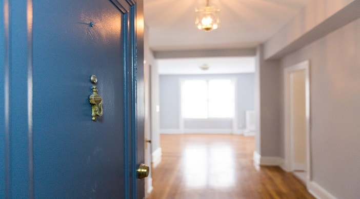 The Shawmut: Pet Friendly: DC Apartments: Foyer: 2 Bedroom