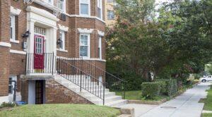 DC Apartments for Rent Entrance