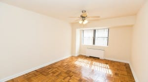 Hilltop House Apartments: DC Apartments:Living room