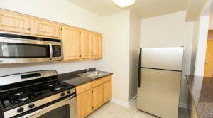 Hilltop House Apartments: DC Apartments:Kitchen