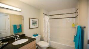 2M Street Apartments: DC Apartments: DC Rentals: Washington DC:Bathroom: 2 Bathrooms: