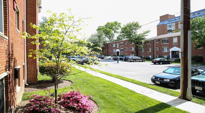 Washingotn DC area rentals with parking