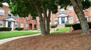 Colonnade Apartments: DC Apartment Rentals: Exterior