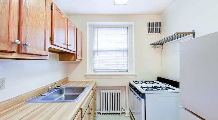 1380-Fort-Stevens-Northwest-DC-Apartment-For-Rent-Kitchen (2)   WC Smith