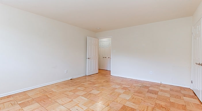 4818 30 FT TOTTEN DR NE WC Smith