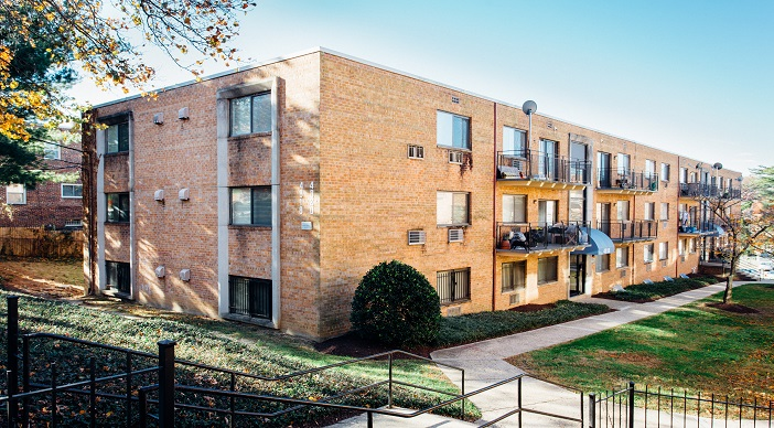 fort-totten-apartments-ne-dc-rental-exterior
