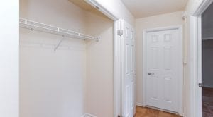 fort-totten-apartments-ne-dc-rental-hallway-closet