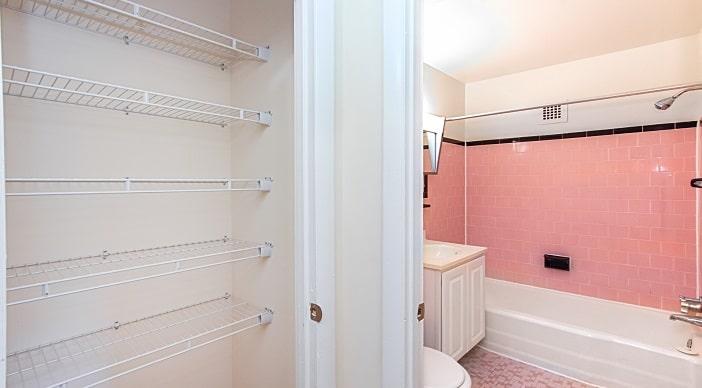 fort-totten-apartments-ne-dc-rental-linen-closet-bathroom