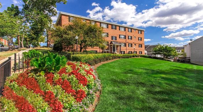 Grandview Village Apartments Dc