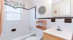 jetu-dc-apartments-bathroom