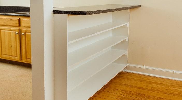 pleasant-hills-dc-apartment-book-shelves