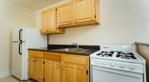 pleasant-hills-dc-apartments-kitchen