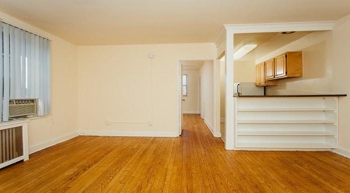 pleasant-hills-apartment-living-room-dc