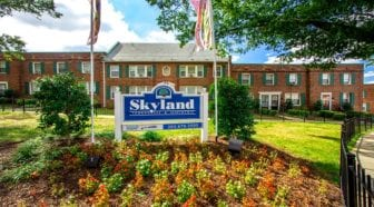skyland-apartments-townhomes-se-dc-rentals-sign