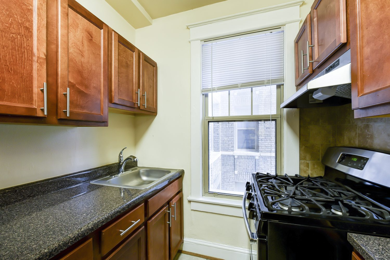 The-Cortland-Kitchen-Cabinets-Washington-DC-Apartment-Rental | WC Smith