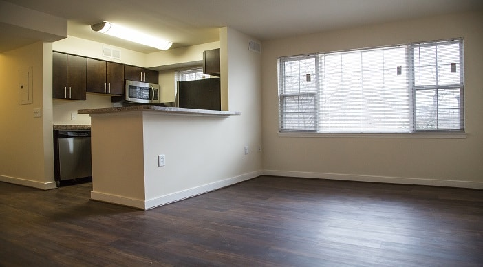 fairway-park-livingroom-dc-apartments-for-rent