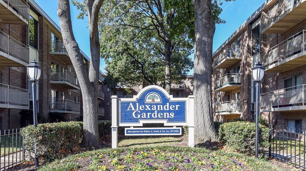 Alexander Gardens Apartments In Washington Dc Wc Smith
