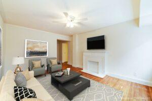 4031-Davis-Affordable -DC-Apartments-Livingroom (2)
