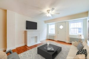 4031-Davis-Affordable -DC-Apartments-Livingroom