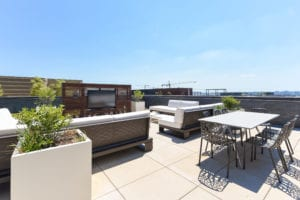Agora-Rooftop-Dining-Room-Washington-DC-Apartment-Rental