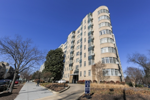 Baystate-Exterior-Shot-Corner-DC-Apartment-Rental