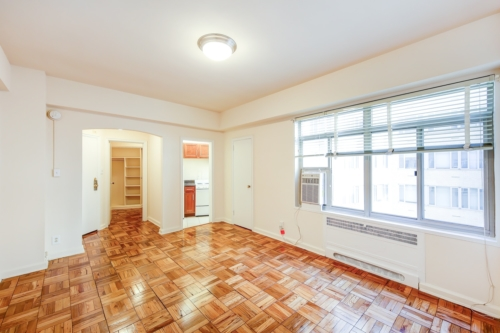 Baystate-Living-Area-Windows-DC-Apartment-Rental