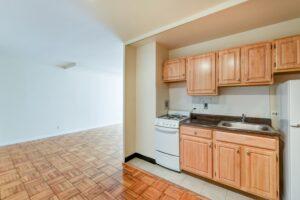 Brunswick-house-apartments-NW-Washington-DC-kitchen