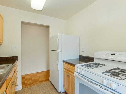 Chillum Place-NE-DC-Apartments-Kitchen