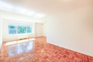 Clarence-House-Living-Room-Windows-Washington-DC-Apartment-Rentals