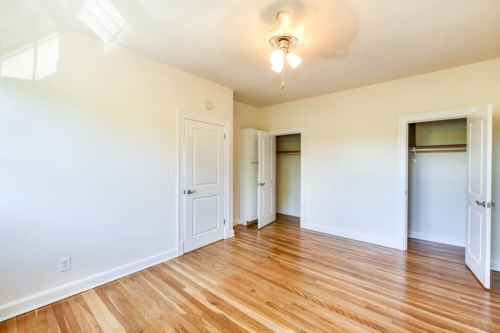 Frontenac-Bedroom-Closets-Washington-DC-Apartment-Rental