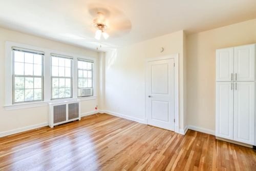 Frontenac-Bedroom-Windows-Cabinet-Washington-DC-Apartment-Rental