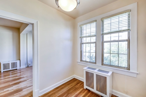 Frontenac-Bedroom-windows-Washington-DC-Apartment-Rental