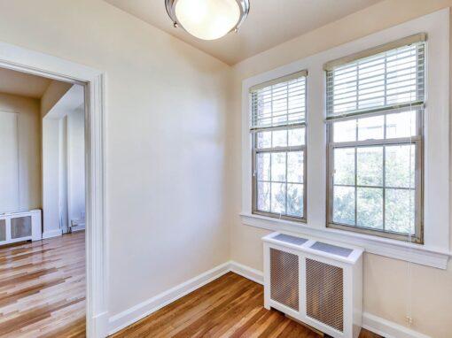 Frontenac-Bedroom-windows-Washington-DC-Apartment-Rental