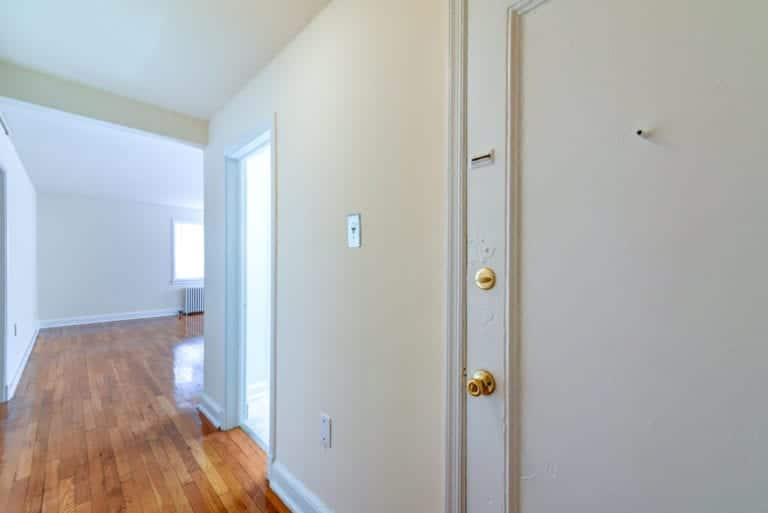 Hillside-Terrace-Entry-Way-Washington-DC-Apartment-Rental