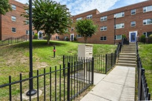 ParkVistaApartments-Southeast-DC-Affordable-Court