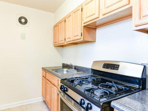 Richman-Apartments-Affordable-SE-DC-Kitchen