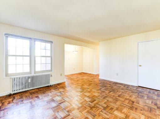 Richman-Apartments-Affordable-SE-DC-Livingroom-Diningroom