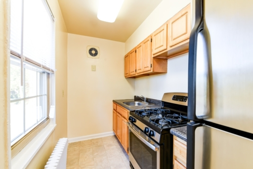 Richman-Apartments-Affordable-SE-DC- LivingSpace