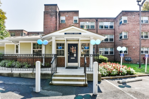 Shipley-park-apartments-Affordable-DC- (11)