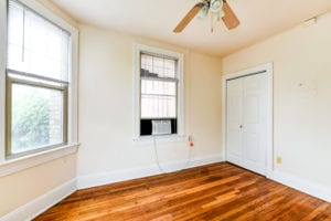 The-Foreland-Apartments-NE-DC-CapitolSouth-CapitolHill-Livingroom