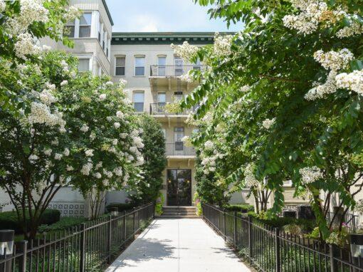 Twin-Oaks-Apartments-Walkway-Front-Door-Steps-Washington-DC-Apartment-Rental