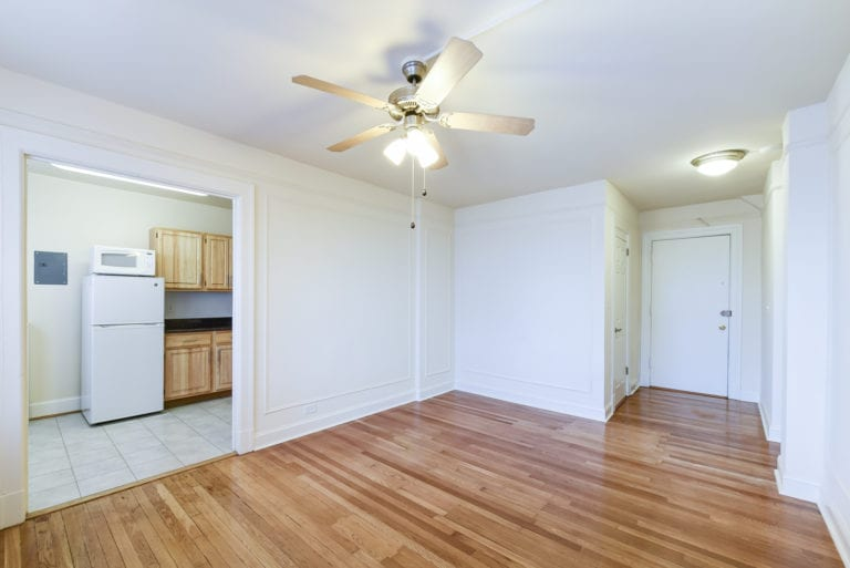 Wakefield-Hall-Living-Area-Ceiling-Fan-Washington-DC-Apartment-Rental