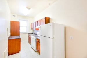 chatham-courts-apartments-washington-DC-kitchen