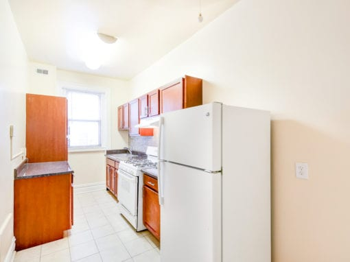 chatham-courts-apartments-washington-DC-kitchen