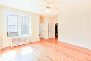 chatham-courts-apartments-washington-DC-living-room-1