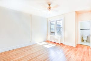 chatham-courts-apartments-washington-DC-living-room
