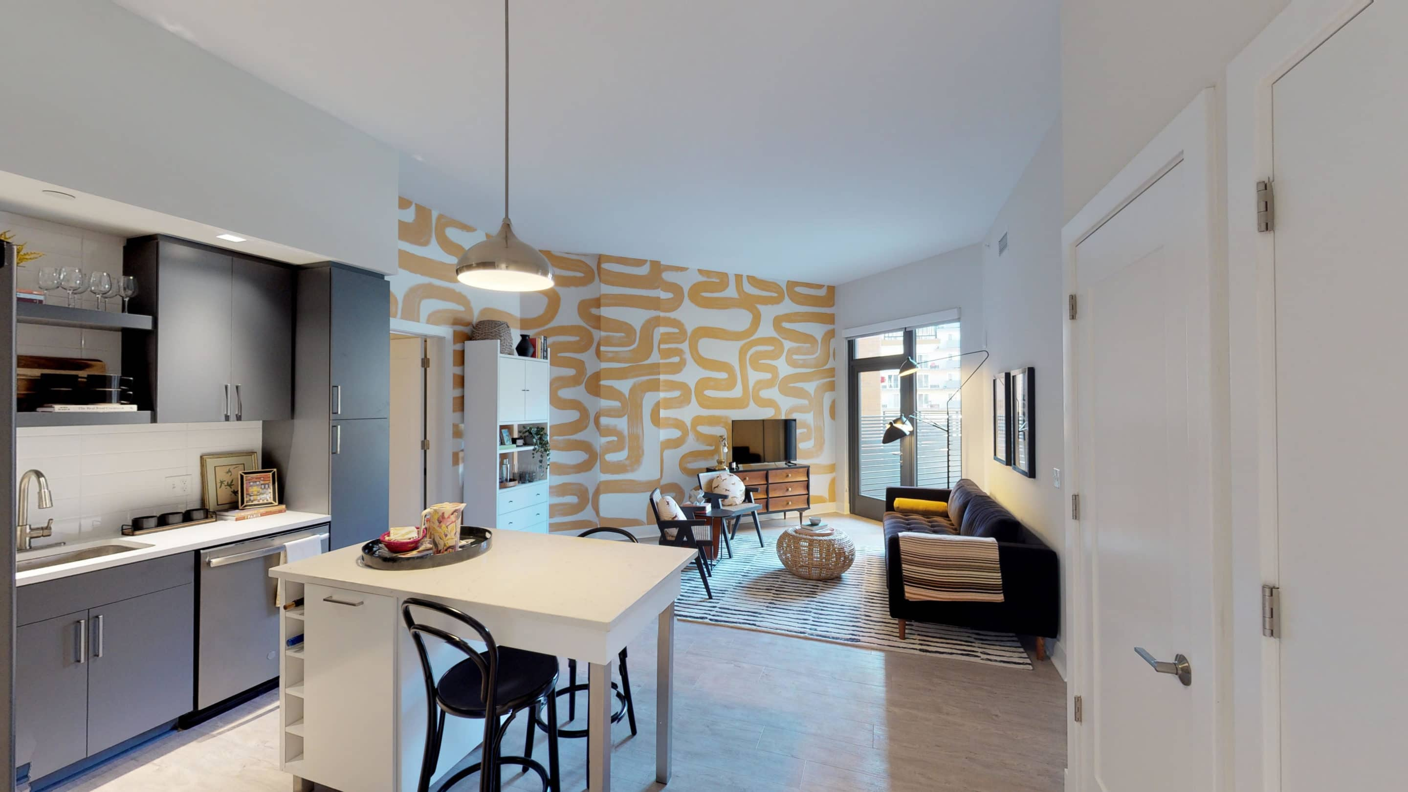 Leasing Now Available for Avec on H