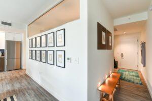 garrett-at-the-collective-one-bedroom-hallway