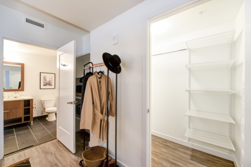garrett-at-the-collective-one-bedroom-built-in-storage
