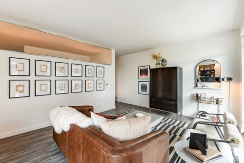 garrett-at-the-collective-one-bedroom-living-room